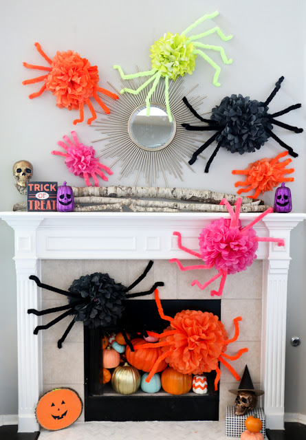 http://blog.consumercrafts.com/seasonal/fall/halloween/diy-halloween-spiders/