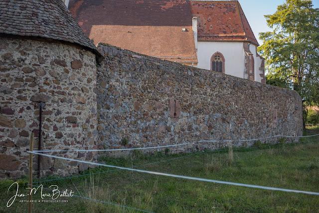 Cimetière fortifié d'Hartmannswiller — Front est