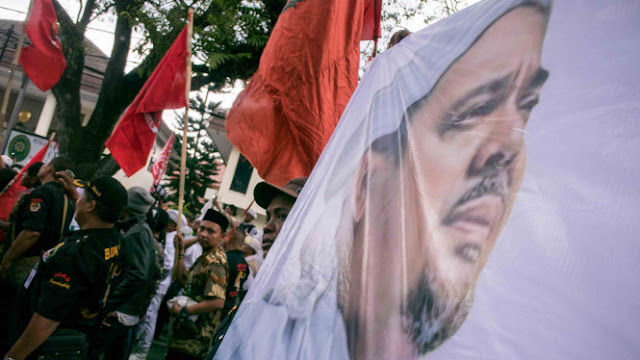 Tantang Habib Rizieq, Guntur Romli Disindir Berpenyakit 'Sepilis'