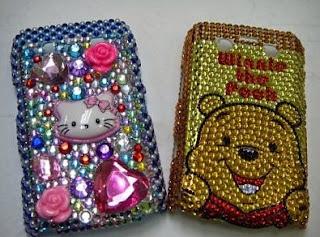 sarung handphone dari manik-manik