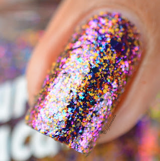Superchic lacquer My Secret Garden