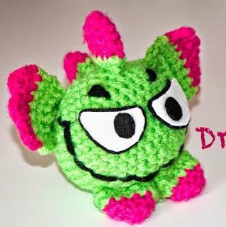 http://ipunts.blogspot.com.es/2014/03/dracky-un-dragon-de-sant-jordi-original.html