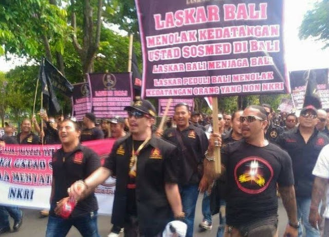 Mak Jleb! Alasan Ustadz Somad Tak Mau Lapor Polisi: Kasus Persekusi di Bali Saja Belum Selesai