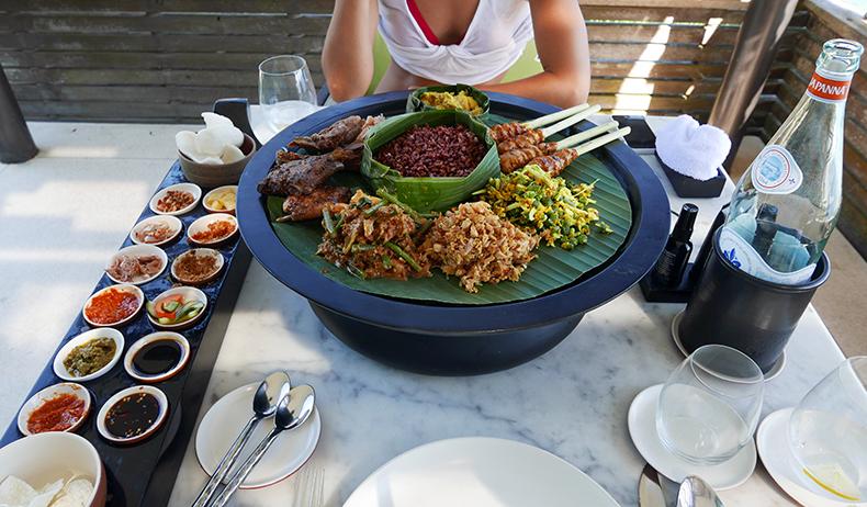Euriental | fashion & luxury travel | Alila Villas Uluwatu, Bali, cabana lunch
