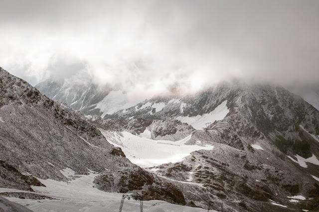 Stubaital - Vom Eisjoch zur Dresdner Hütte Gletscherpfad und Gletscherweg  Wanderung-Stubaital  Wandern-Tirol 03