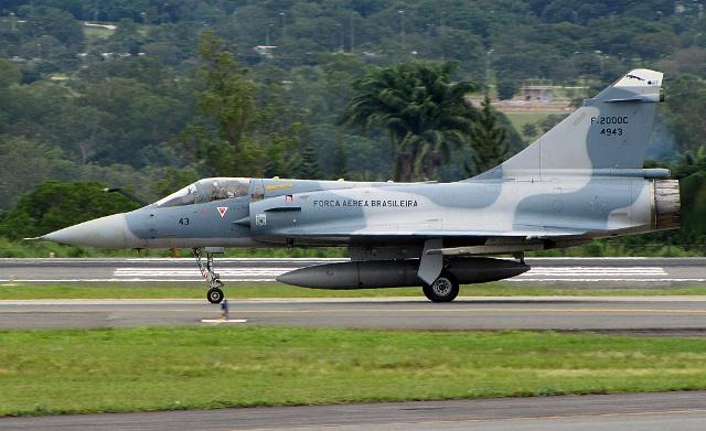Brasil comienza a vender sus Mirage 2000. 1877226