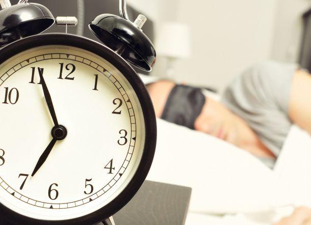 Bagaimanakah Sholat Subuh Bagi Orang Yang Bangun Kesiangan?