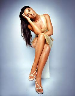 Monica Bellucci Hot Cleavage Show