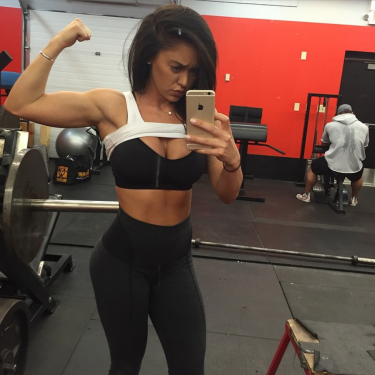 Fitness Model Katy Hearn 4