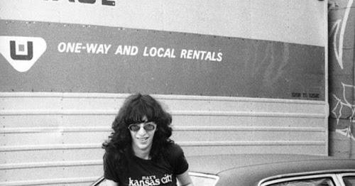 Joey Ramone Hijos: Mundo Voluble: JOEY RAMONE Y LA PAELLA