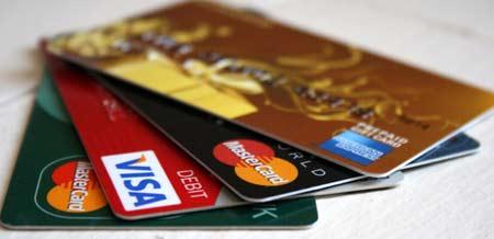 Penggunaan Kartu Kredit Diintip Dirjen Pajak