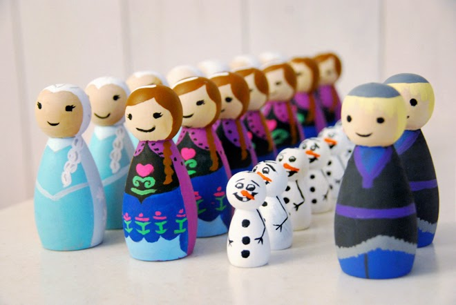 frozen party favor, frozen party favours, diy frozen peg dolls, tips for painting peg dolls, frozen party ideas for boys and girls