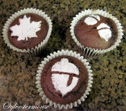 https://cookingfortheholidays.com/easy-stenciled-cupcakes-holidays/