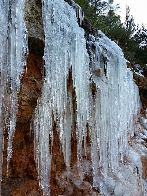 Los CANALOBRES son los témpanos de hielo. 2