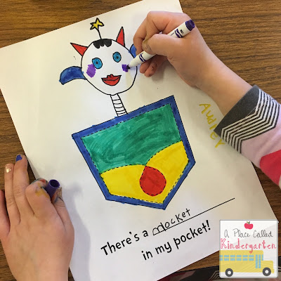Dr. Seuss classroom crafts perfect for Kindergarten. Click for tons of fun ideas, crafts and some FREEBIES.