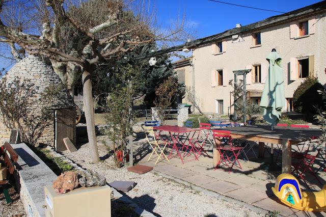 Le moulin de Lavon Chambre d'hotes nelle campagne di Gargas vicino a Roussillon