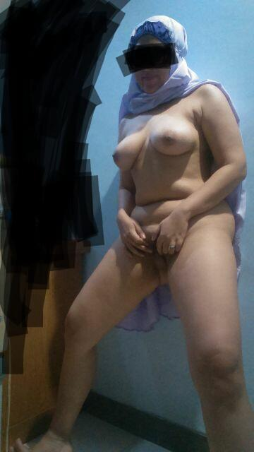 from Eric real full nude jilbab toge