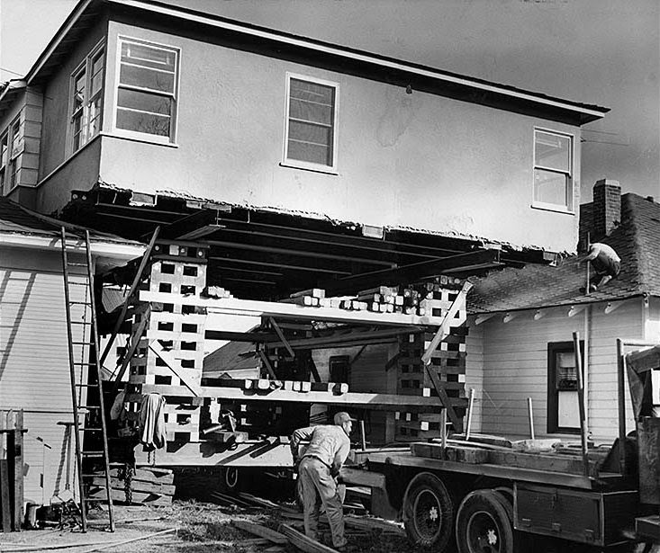 Los Angeles California Houses: 14 Vintage Photos Of Houses Moving In Los Angeles From The