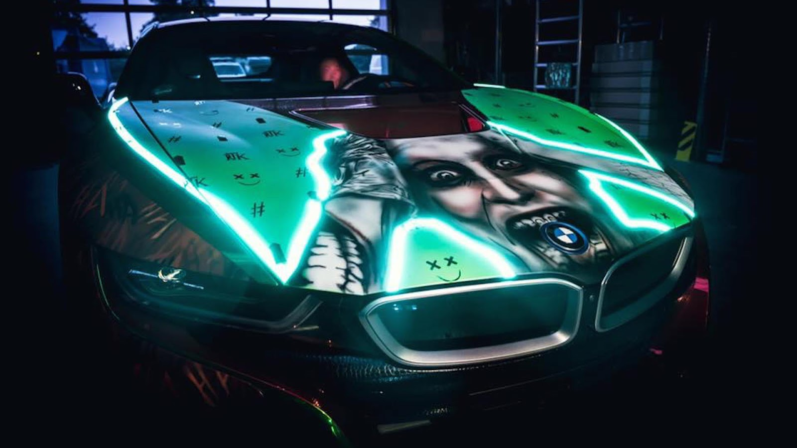 Infiniti G35 Vaydor >> Joker-Inspired BMW i8 Is A Real Head Turner