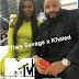 Tiwa Savage akiwa kwenye {video music awards} VMAs pamoja na DJ Khaled na Jidenna.
