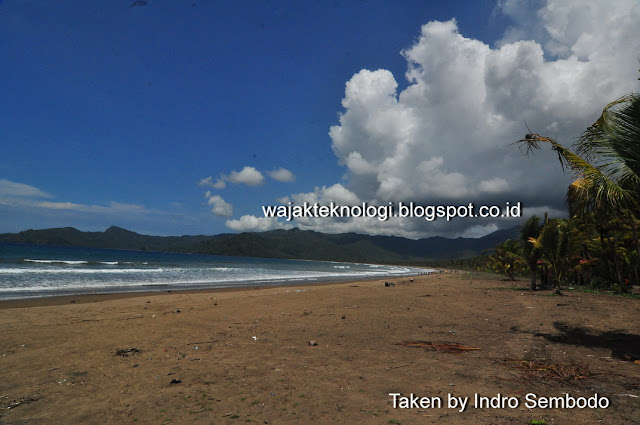 Pantai Blado Munjungan