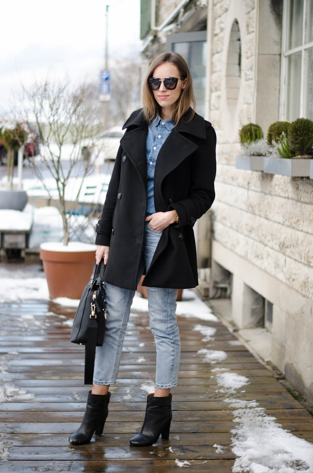 kristjaana mere pea coat denim shirt boyfriend jeans ankle boots minimal winter outfit