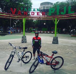 Foto taman van der pijl murjani banjarbaru