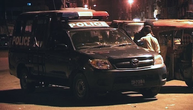One suspect arrested, another flees following police encounter in Karachi