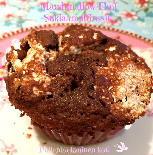 #pullantuoksuinenkoti #suklaamuffinssi #marshmallowfluff #sogood #delicious #treats #chocolatemuffins #muffin #muffini
