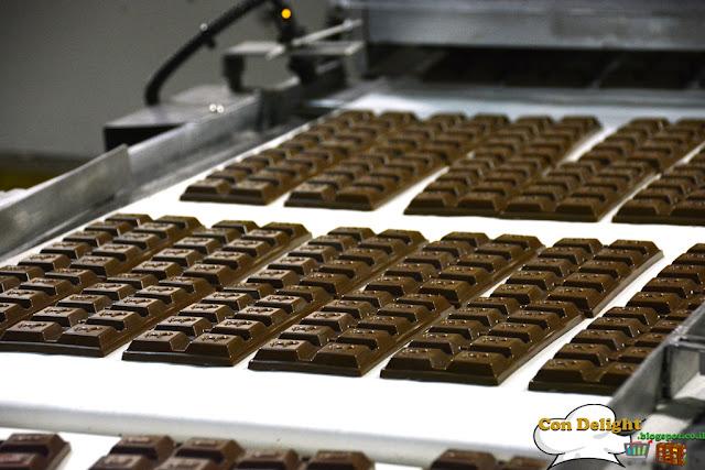 Elite chocolate שוקולד במילוי תות עלית