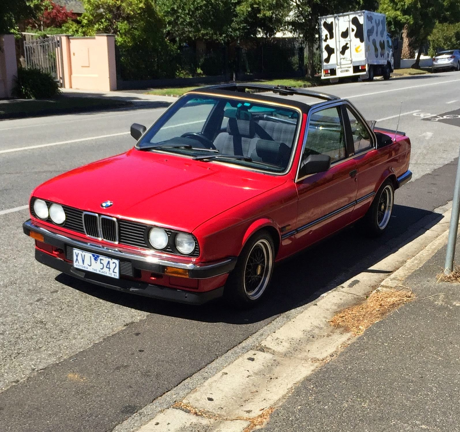 baurspotting 1985 bmw e30 318i tc baur manual for sale in australia. Black Bedroom Furniture Sets. Home Design Ideas