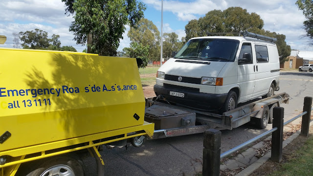 on the road australia campervan road side assistance