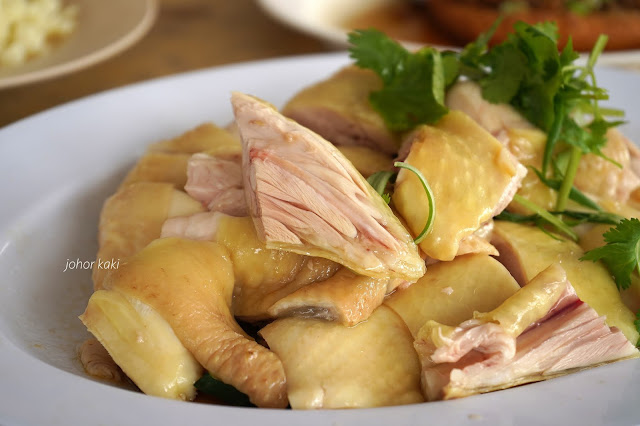 Our Hot Favourite Kee Kee Bentong Chicken Rice @ Yat Yeh Hing Restaurant 基记文冬肥鸡饭