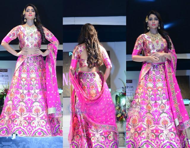 sri in pink lehenga - Shriya Saran in Pithani Silk Lehenga. wedding wows fashion show