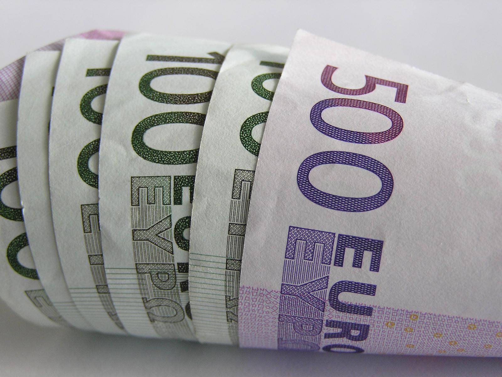 Ricerca Svizzera: bancari dentondo alla disonesta' per il lavoro