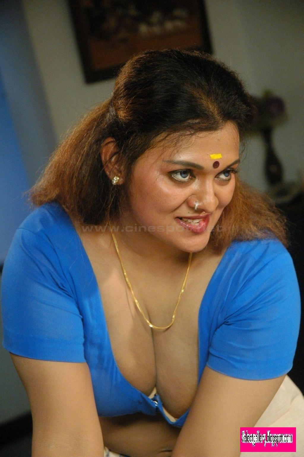 Tamil Actress Exclusive Boobs Showing Latest Photo-4859