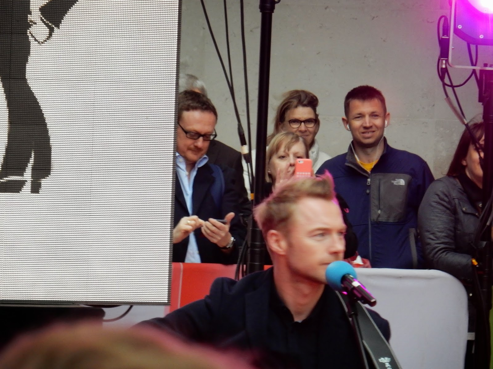 Ronan Keating playing to support Dermot O'Leary's 24 hour danceathon for Comic Relief.