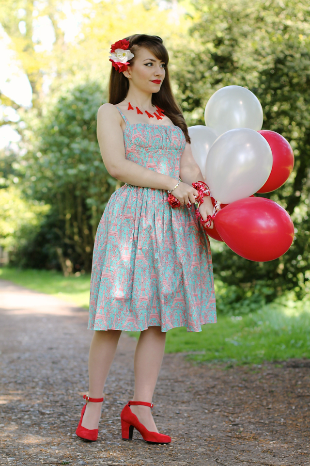 Bernie Dexter Paris dress in Frenchie print