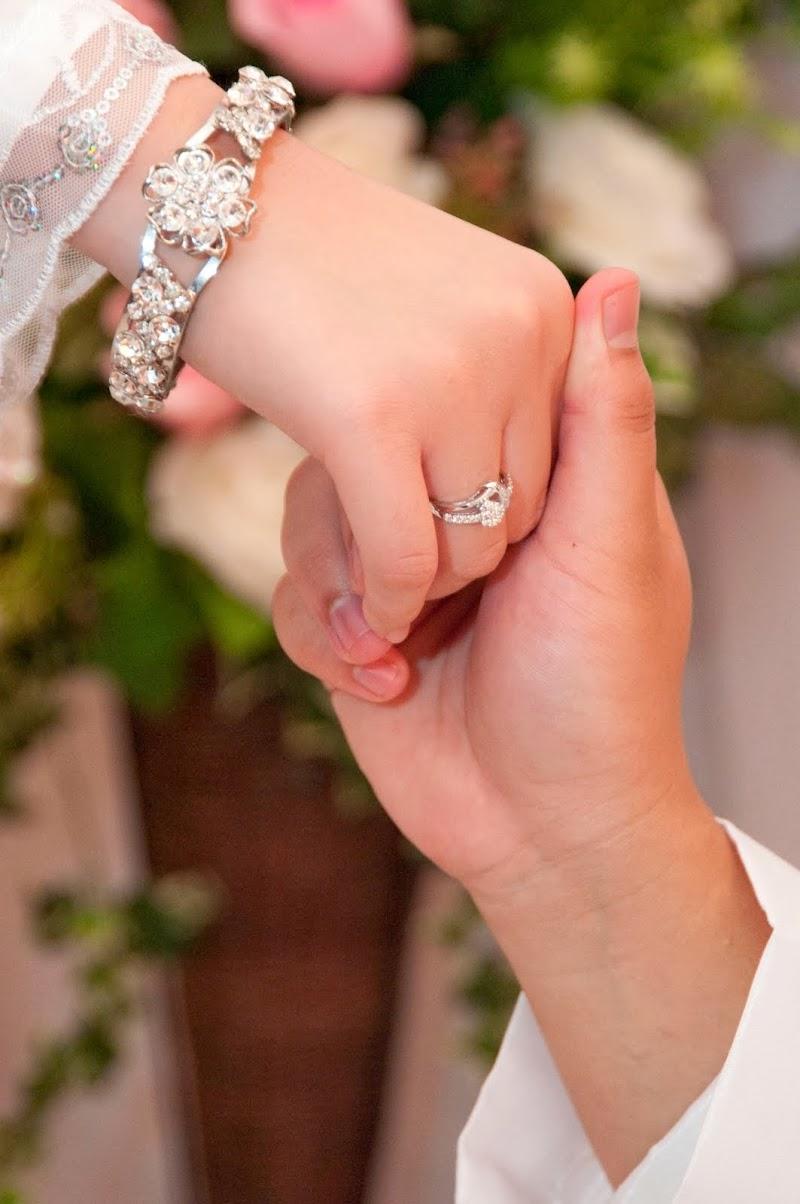 """Aku Bersahaja : """"Teruntuk Hati yang Merindui Hadirnya Pasangan Hidup"""""""