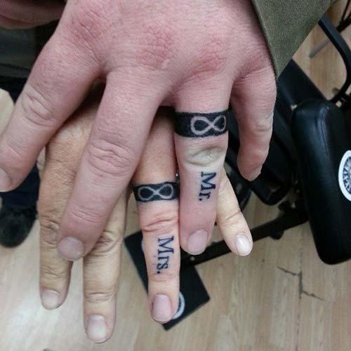 wedding ring finger tattoo for couples çiftler için yüzük parmağı dövmeleri 6