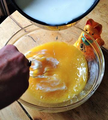 la laiterie de paris,recette crème aux oeufs, ferme de Logodec, vache bretonne pie noir, blog fromage, blog fromage maison, tour du monde fromage, tour de france fromage