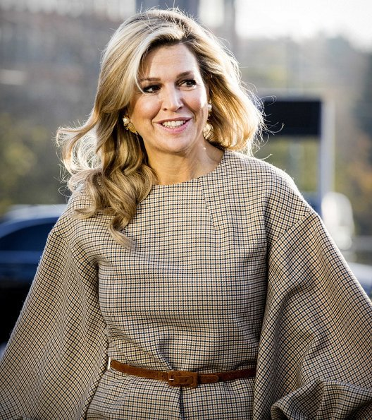 Queen Maxima's new top and trousers are from the winter collection of Belgian fashion house Natan. Natan Fall/Winter18 collection