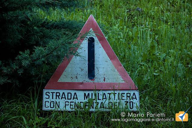 Cartello stadale a Monteggia