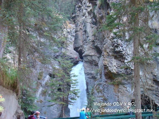 Johnston canyon, Banff- Canada. Montañas Rocosas Canadienses