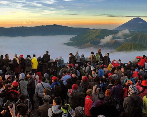 Tinuku.com Travel Bromo Tengger Semeru National Park in East Java includes 15 volcanoes and indigenous heritage Tengger tribe