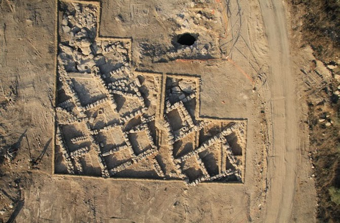 2,300-year-old village discovered in Israel