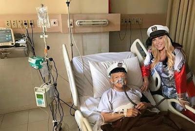 Meme Setya Novanto di Rumah Sakit bersama Bintang Cewek Seksi