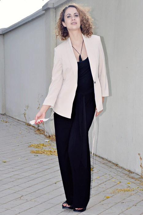 outfit-chaqueta-crema-6