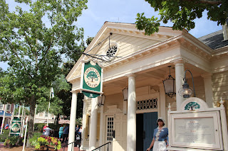 Liberty Tree Tavern (1) - Liberty Square - Magic Kingdom - Walt Disney World - Orlando, Florida