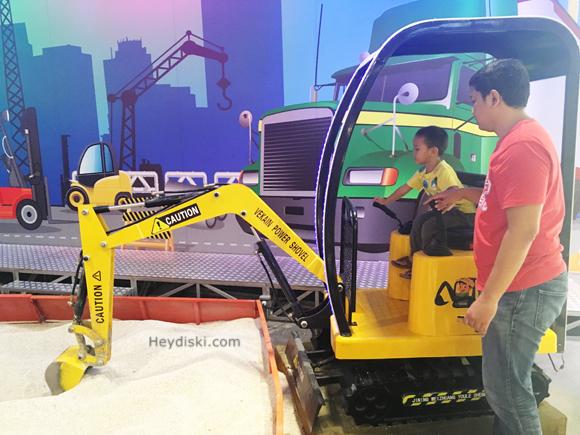playground-excavator-jakarta-bsd